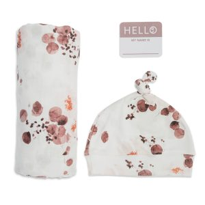 LJ651 Lulujo Hello World Hat & Swaddle Set – Eucalyptus